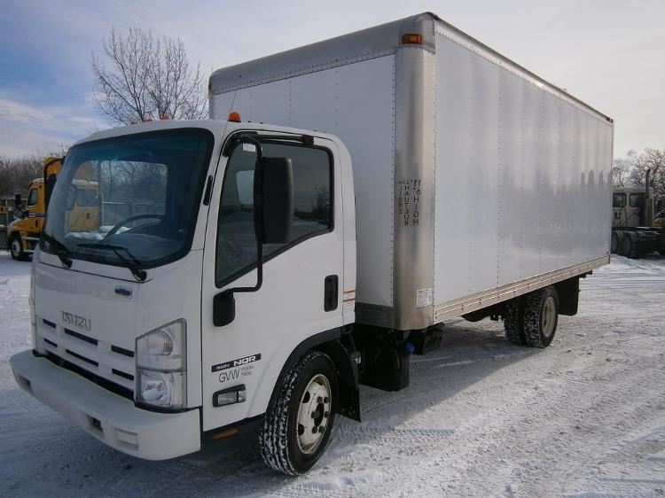 Medium Duty Box Truck-Light and Medium Duty Trucks-Isuzu-2011-NQR-STE-FOY-PQ-135,623 km-$23,250