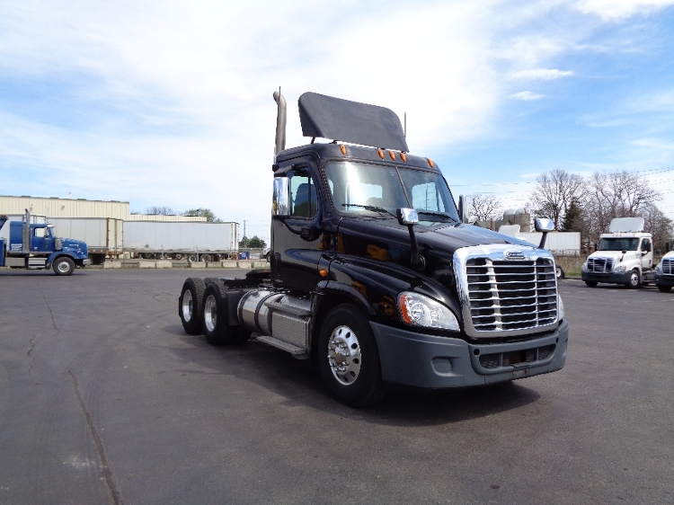 Day Cab Tractor-Heavy Duty Tractors-Freightliner-2012-Cascadia 12564ST-MISSISSAUGA-ON-364,721 km-$58,000