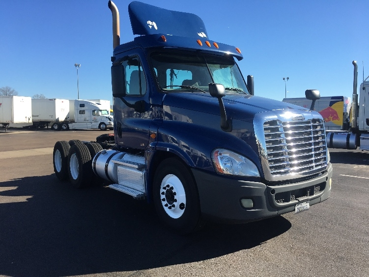 Day Cab Tractor-Heavy Duty Tractors-Freightliner-2012-Cascadia 12564ST-RICHLAND-MS-357,910 miles-$45,750