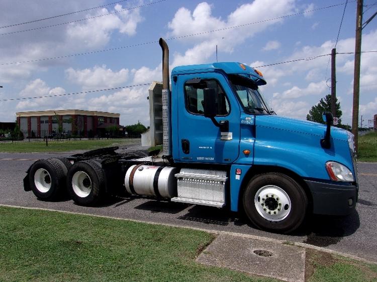 Day Cab Tractor-Heavy Duty Tractors-Freightliner-2012-Cascadia 12564ST-BIRMINGHAM-AL-514,116 miles-$29,250