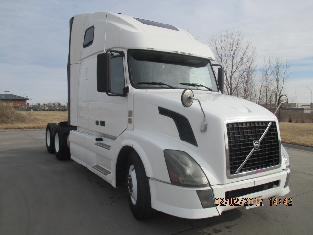 Sleeper Tractor-Heavy Duty Tractors-Volvo-2012-VNL64T670-LINCOLN-NE-526,603 miles-$34,500