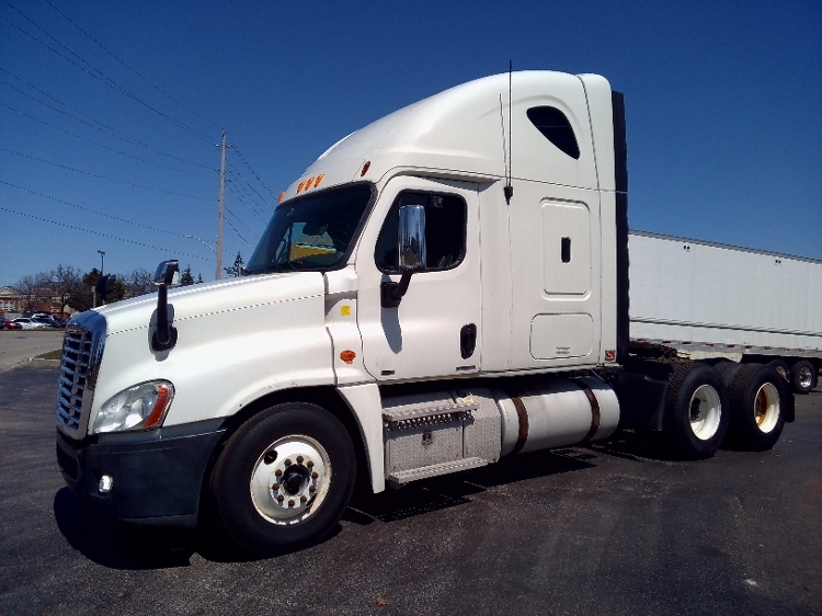 Sleeper Tractor-Heavy Duty Tractors-Freightliner-2012-Cascadia 12564ST-MISSISSAUGA-ON-622,041 km-$45,750