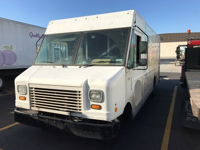 Walkin Van-Light and Medium Duty Trucks-Ford-2011-E350-HARAHAN-LA-171,111 miles-$9,000