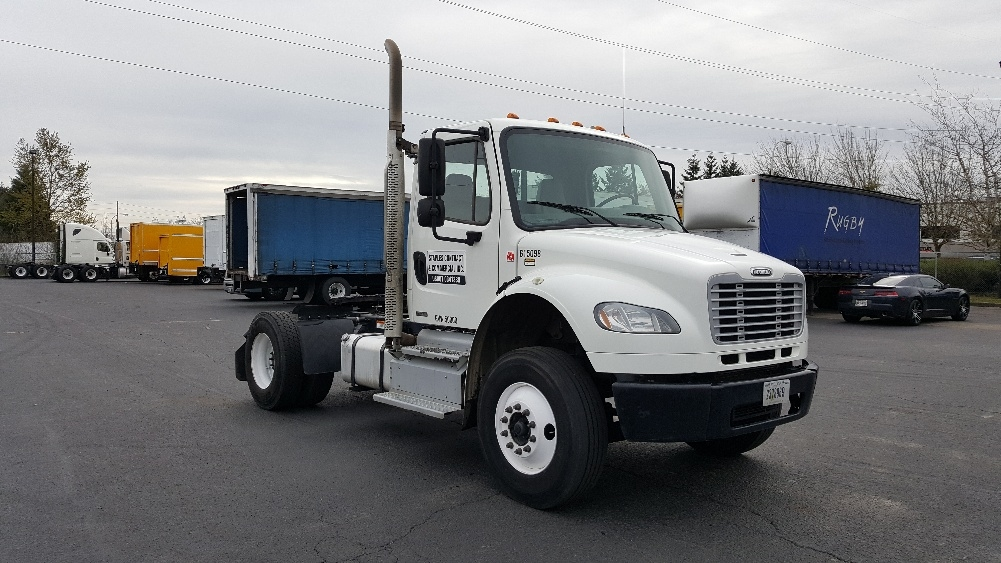 Day Cab Tractor-Heavy Duty Tractors-Freightliner-2012-M2-WILSONVILLE-OR-207,508 miles-$29,250