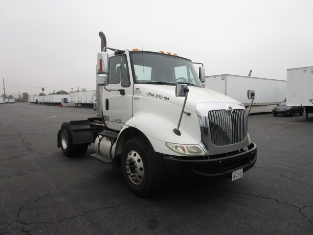 Day Cab Tractor-Heavy Duty Tractors-International-2012-8600-TORRANCE-CA-149,894 miles-$43,500