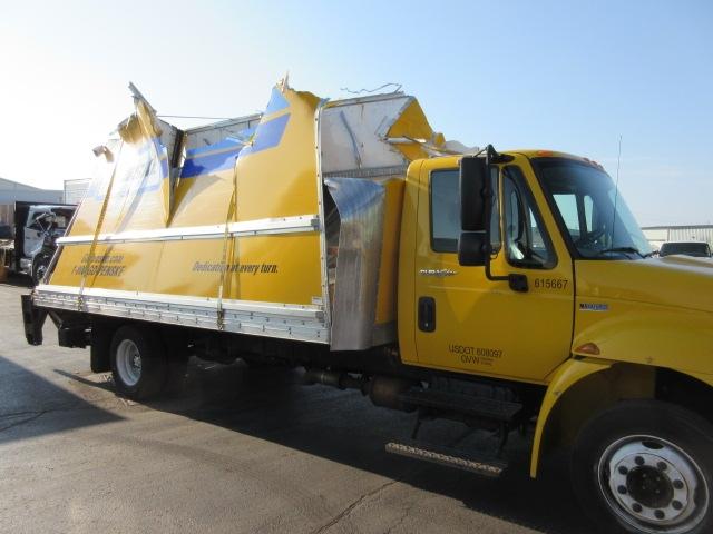 Medium Duty Box Truck-Light and Medium Duty Trucks-International-2012-4300-MISSISSAUGA-ON-159,220 km-$32,750