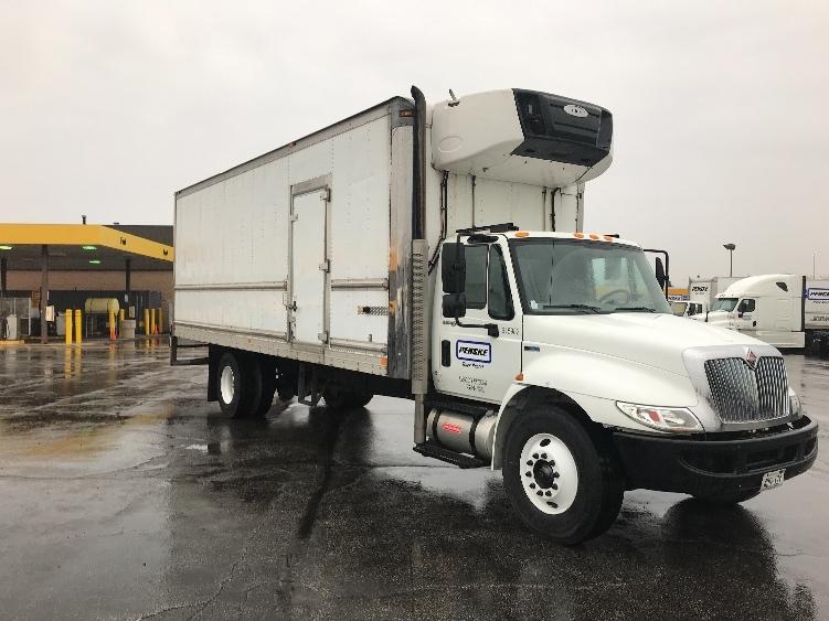 Reefer Truck-Light and Medium Duty Trucks-International-2012-4300-MISSISSAUGA-ON-254,174 km-$33,500