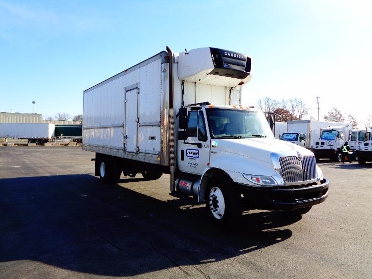 Reefer Truck-Light and Medium Duty Trucks-International-2012-4300-MISSISSAUGA-ON-163,022 km-$34,500