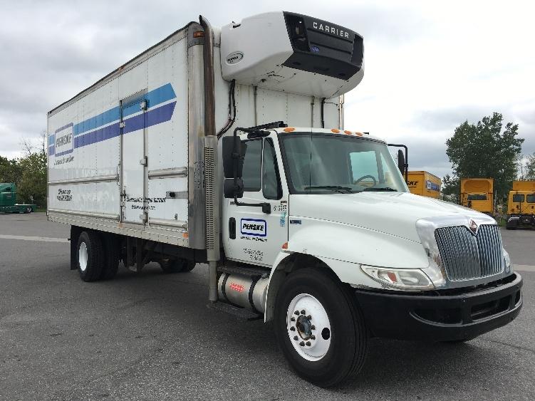 Reefer Truck-Light and Medium Duty Trucks-International-2012-4300-SAINT LAURENT-PQ-185,172 km-$46,750