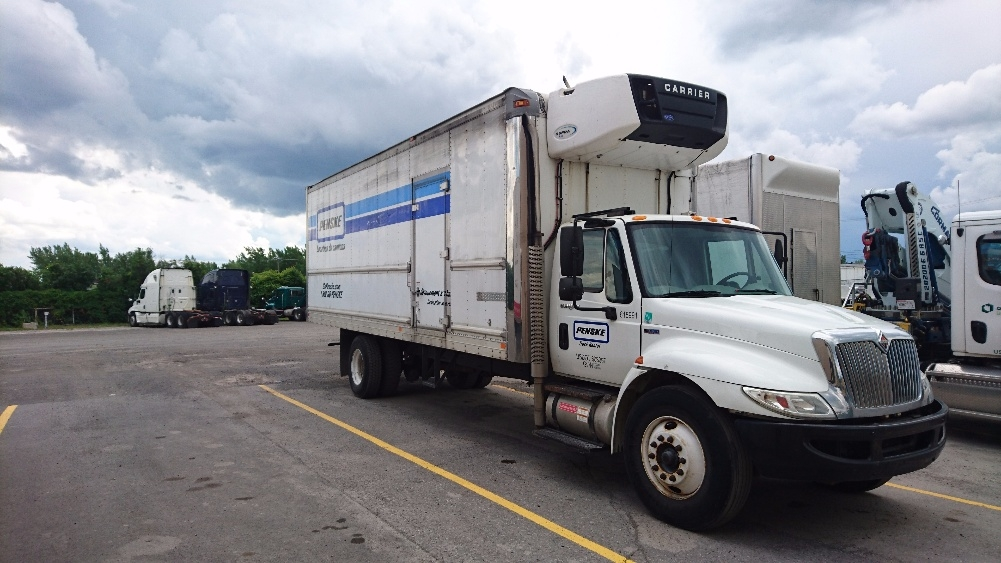 Reefer Truck-Light and Medium Duty Trucks-International-2012-4300-SAINT LAURENT-PQ-182,927 km-$49,500