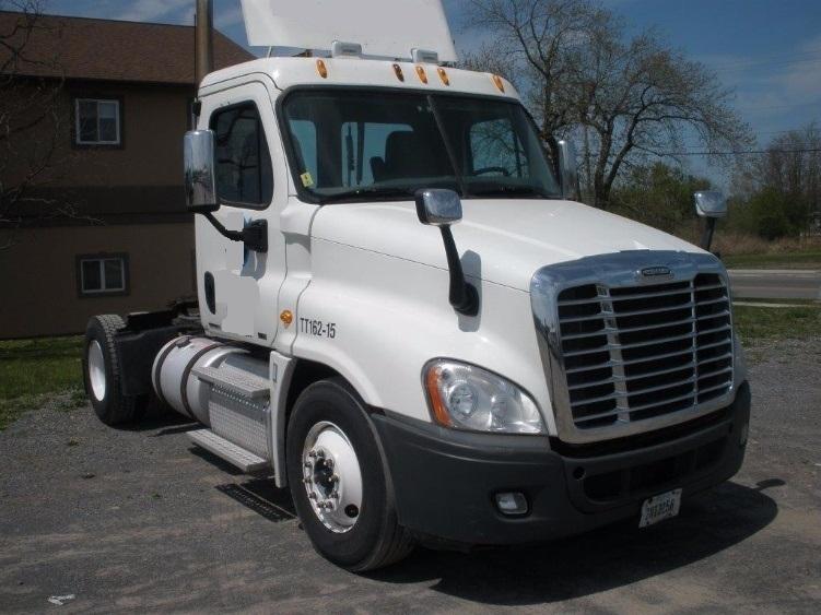Day Cab Tractor-Heavy Duty Tractors-Freightliner-2012-Cascadia 12542ST-AUBURN-NY-314,144 miles-$44,250