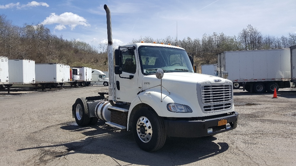 Day Cab Tractor-Heavy Duty Tractors-Freightliner-2012-M211242S-BINGHAMTON-NY-154,263 miles-$31,000