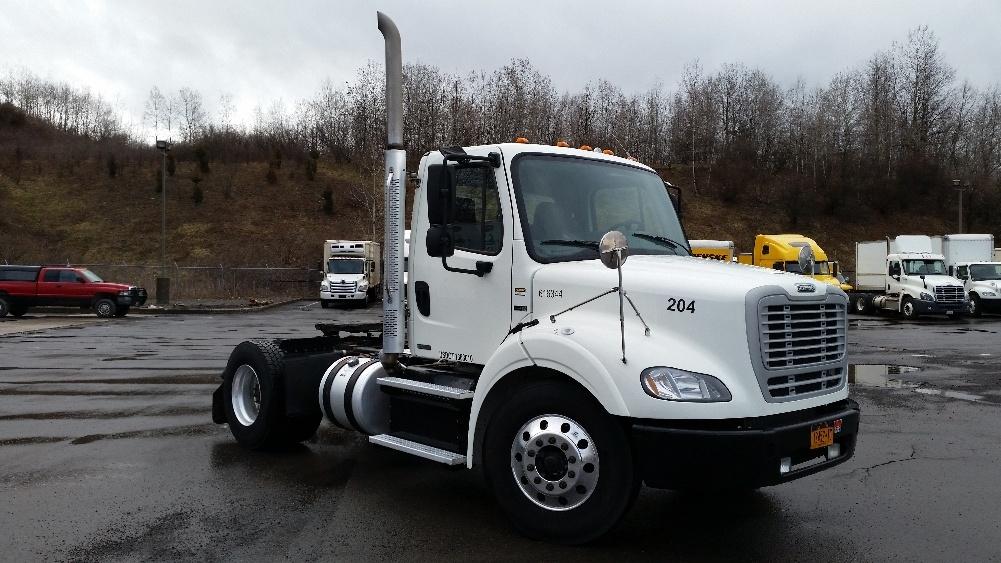 Day Cab Tractor-Heavy Duty Tractors-Freightliner-2012-M211242S-BINGHAMTON-NY-119,997 miles-$31,500