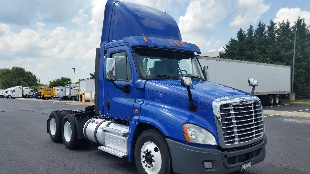Day Cab Tractor-Heavy Duty Tractors-Freightliner-2012-Cascadia 12564ST-HARRISBURG-PA-513,129 miles-$24,500