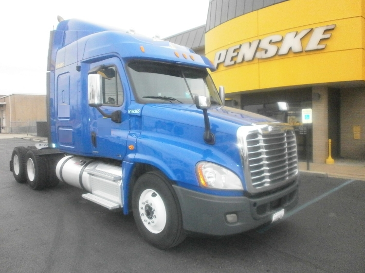 Sleeper Tractor-Heavy Duty Tractors-Freightliner-2012-Cascadia 12564ST-MEMPHIS-TN-555,513 miles-$35,250