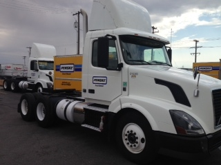 Day Cab Tractor-Heavy Duty Tractors-Volvo-2012-VNL64T300-BOISE-ID-520,829 miles-$29,000