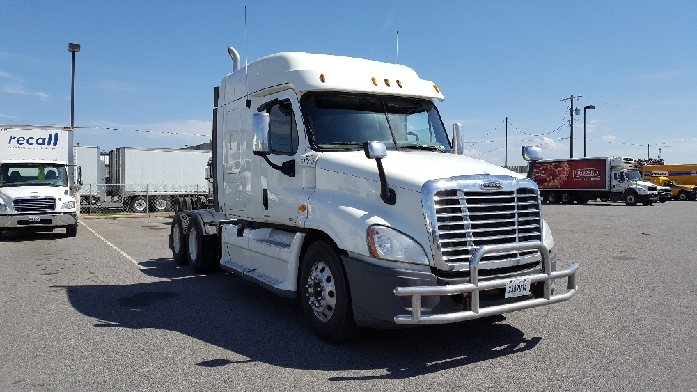Sleeper Tractor-Heavy Duty Tractors-Freightliner-2012-Cascadia 12564ST-SPOKANE VALLEY-WA-496,553 miles-$49,750