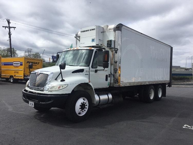 Reefer Truck-Heavy Duty Tractors-International-2012-4400-NASHVILLE-TN-242,801 miles-$31,750