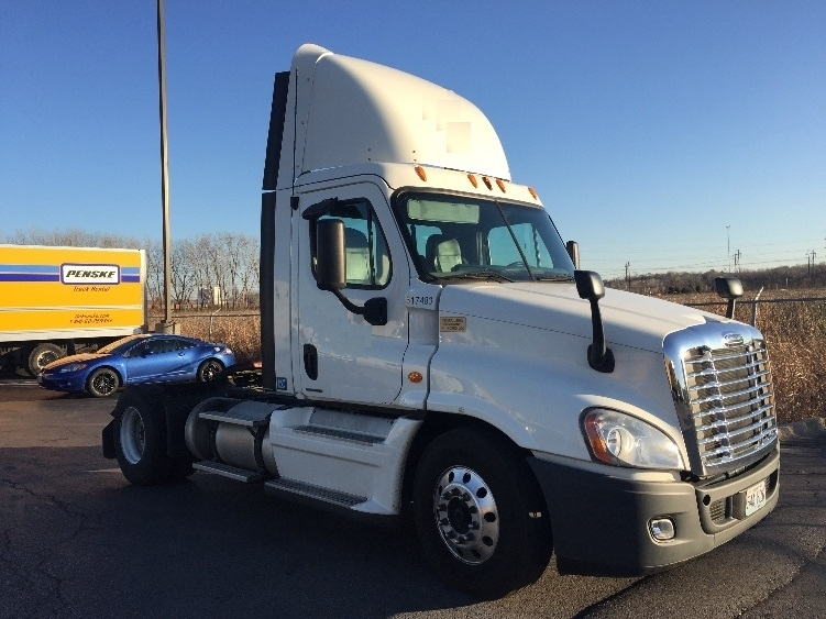 Day Cab Tractor-Heavy Duty Tractors-Freightliner-2012-Cascadia 12542ST-SAINT JOSEPH-MO-379,645 miles-$48,500
