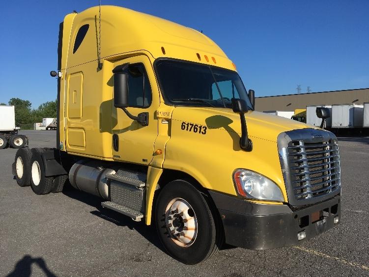 Sleeper Tractor-Heavy Duty Tractors-Freightliner-2012-Cascadia 12564ST-OTTAWA-ON-998,906 km-$41,500