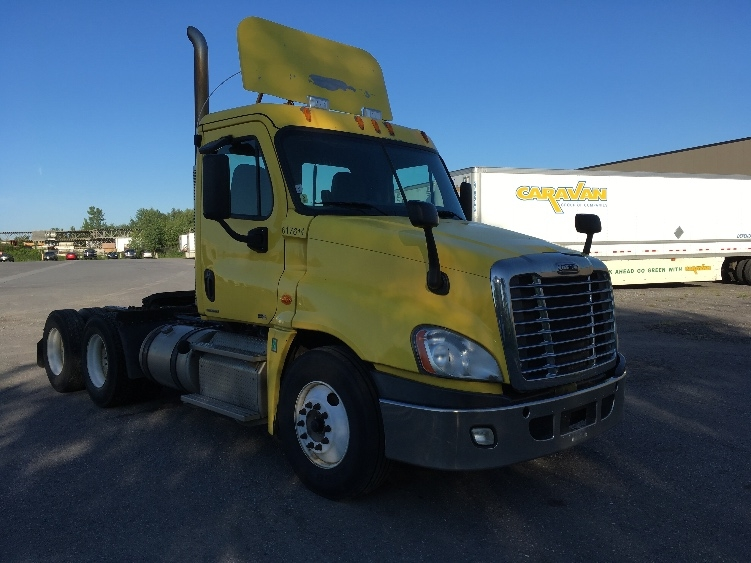 Day Cab Tractor-Heavy Duty Tractors-Freightliner-2012-Cascadia 12564ST-OTTAWA-ON-917,680 km-$40,500