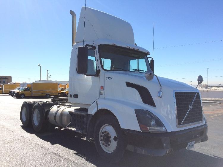 Day Cab Tractor-Heavy Duty Tractors-Volvo-2012-VNL64T300-EL PASO-TX-638,140 miles-$21,500