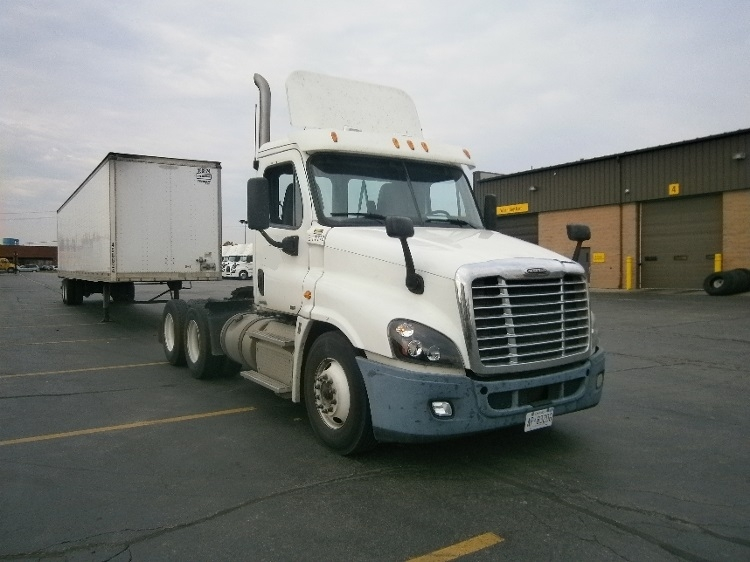 Day Cab Tractor-Heavy Duty Tractors-Freightliner-2012-Cascadia 12564ST-MISSISSAUGA-ON-364,879 km-$54,750
