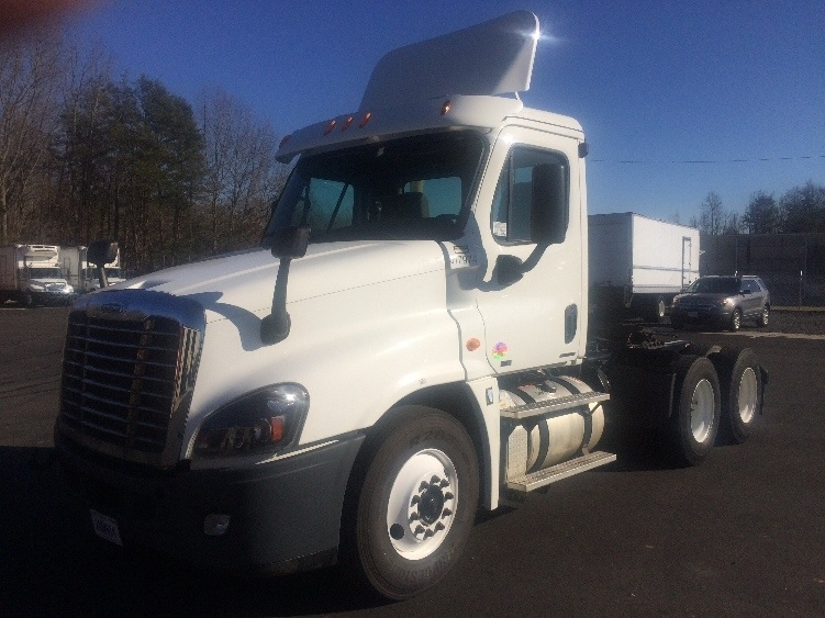 Day Cab Tractor-Heavy Duty Tractors-Freightliner-2012-Cascadia 12564ST-MEBANE-NC-230,874 miles-$47,750