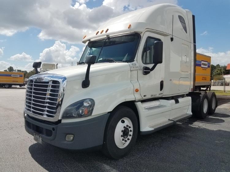 Sleeper Tractor-Heavy Duty Tractors-Freightliner-2012-Cascadia 12564ST-ORLANDO-FL-614,805 miles-$42,250