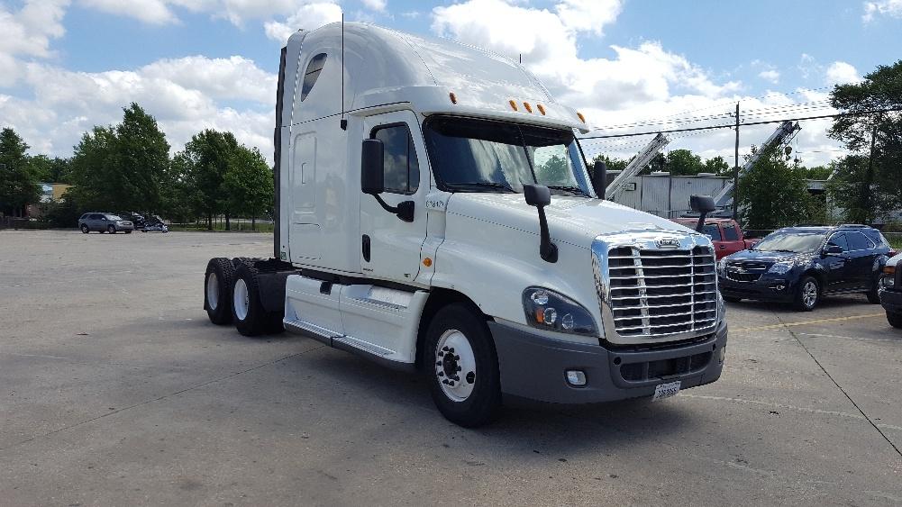 Sleeper Tractor-Heavy Duty Tractors-Freightliner-2012-Cascadia 12564ST-BATON ROUGE-LA-507,549 miles-$37,750