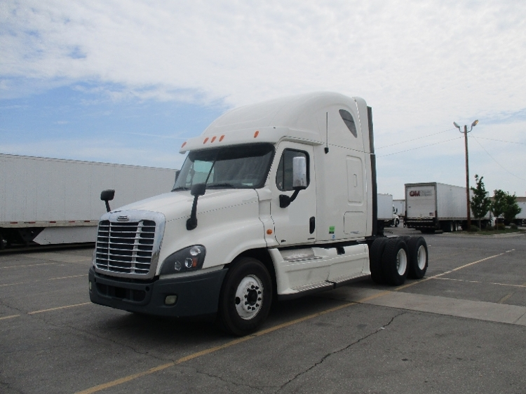 Sleeper Tractor-Heavy Duty Tractors-Freightliner-2012-Cascadia 12564ST-OKLAHOMA CITY-OK-551,035 miles-$47,250