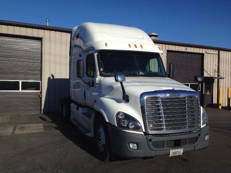 Sleeper Tractor-Heavy Duty Tractors-Freightliner-2012-Cascadia 12564ST-PORTLAND-OR-540,527 miles-$33,000