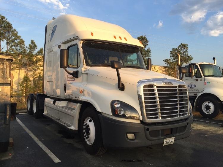 Sleeper Tractor-Heavy Duty Tractors-Freightliner-2012-Cascadia 12564ST-LITTLE ROCK-AR-610,807 miles-$43,750