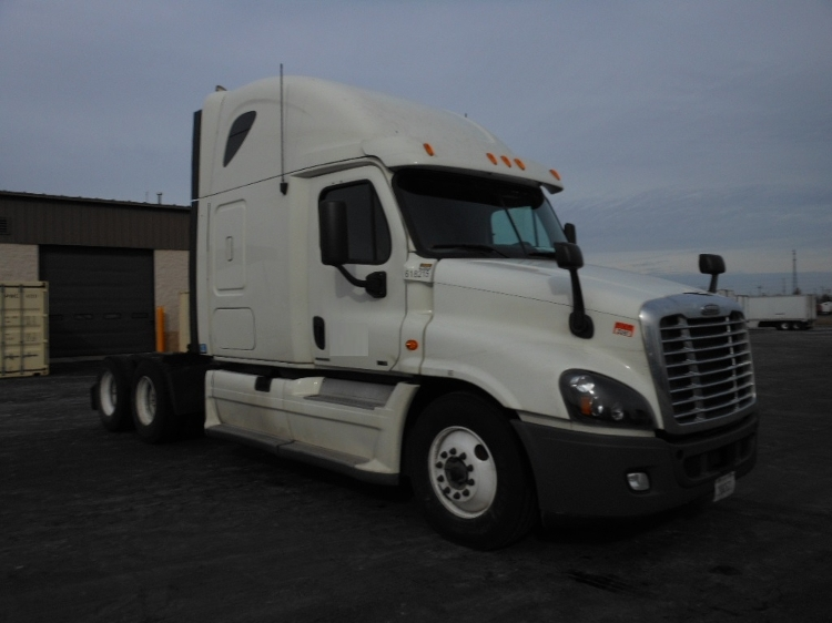 Sleeper Tractor-Heavy Duty Tractors-Freightliner-2012-Cascadia 12564ST-RICHMOND-IN-666,130 miles-$35,000