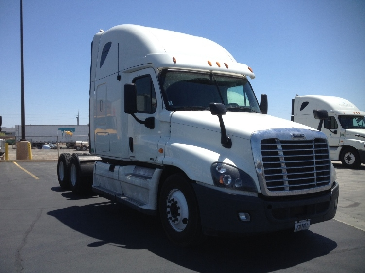 Sleeper Tractor-Heavy Duty Tractors-Freightliner-2012-Cascadia 12564ST-NORTH LAS VEGAS-NV-659,597 miles-$31,000