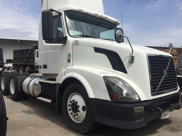 Day Cab Tractor-Heavy Duty Tractors-Volvo-2012-VNL64T300-PELL CITY-AL-428,710 miles-$14,000