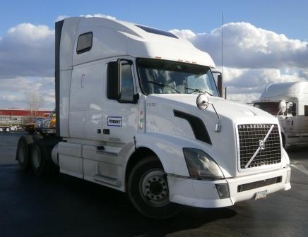 Sleeper Tractor-Heavy Duty Tractors-Volvo-2012-VNL64T670-ELMIRA-NY-499,977 miles-$39,500