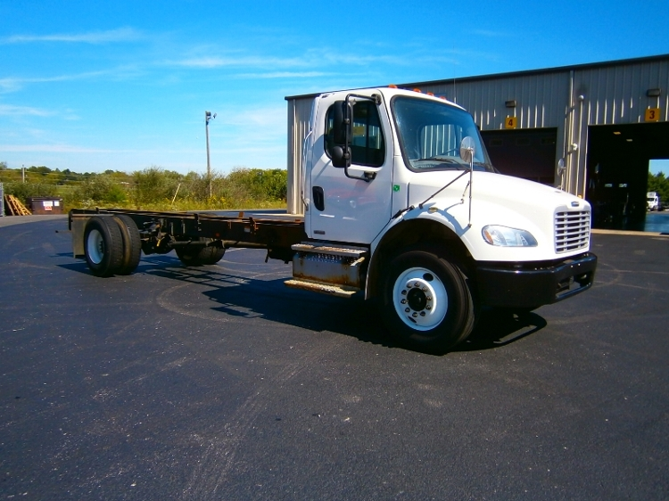 Cab and Chassis Truck-Light and Medium Duty Trucks-Freightliner-2012-M2-ELIZABETHTOWN-KY-216,120 miles-$26,250