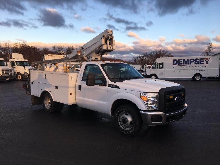 Bucket Truck-Specialized Equipment-Ford-2011-F350-CARLISLE-PA-89,784 miles-$34,500