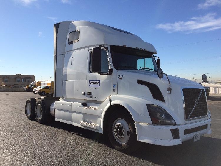Sleeper Tractor-Heavy Duty Tractors-Volvo-2012-VNL64T670-DENVER-CO-441,060 miles-$40,750