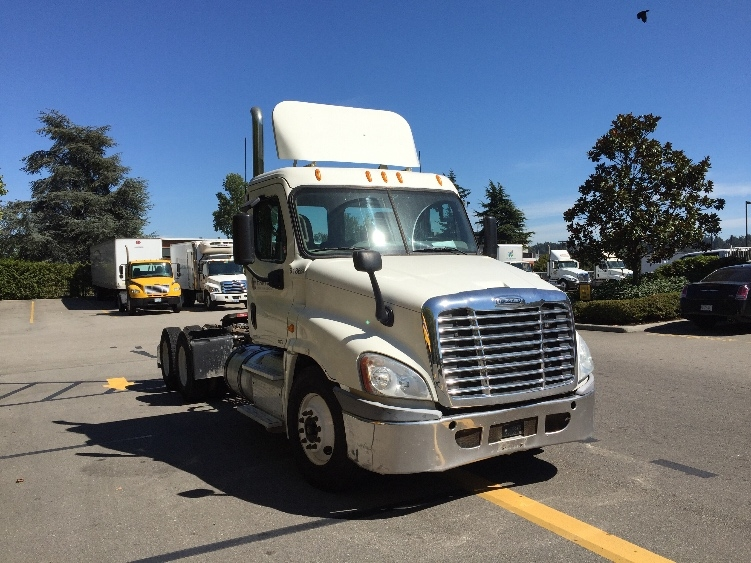 Day Cab Tractor-Heavy Duty Tractors-Freightliner-2012-Cascadia 12564ST-DELTA-BC-156,230 km-$64,250