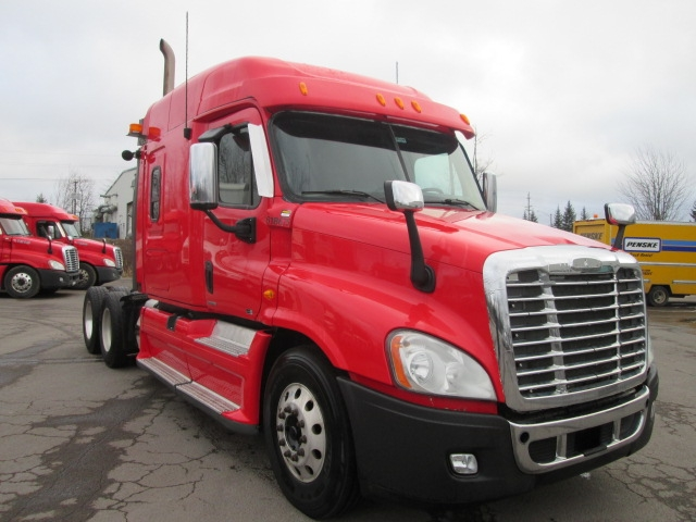Sleeper Tractor-Heavy Duty Tractors-Freightliner-2012-Cascadia 12564ST-MONCTON-NB-776,795 km-$42,000