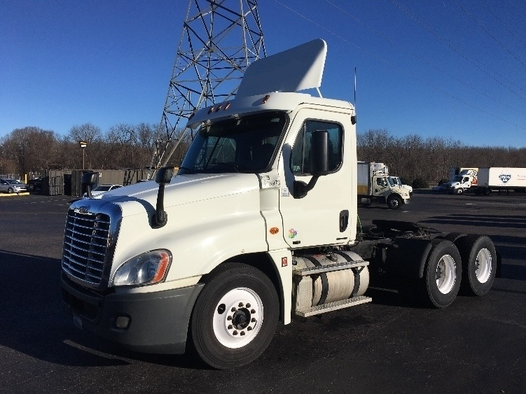 Day Cab Tractor-Heavy Duty Tractors-Freightliner-2012-Cascadia 12564ST-GREENSBORO-NC-739,628 miles-$25,000