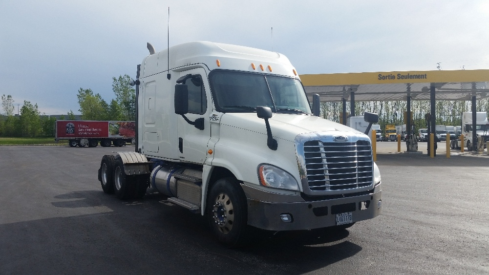 Sleeper Tractor-Heavy Duty Tractors-Freightliner-2012-Cascadia 12564ST-STE-FOY-PQ-709,646 km-$49,250