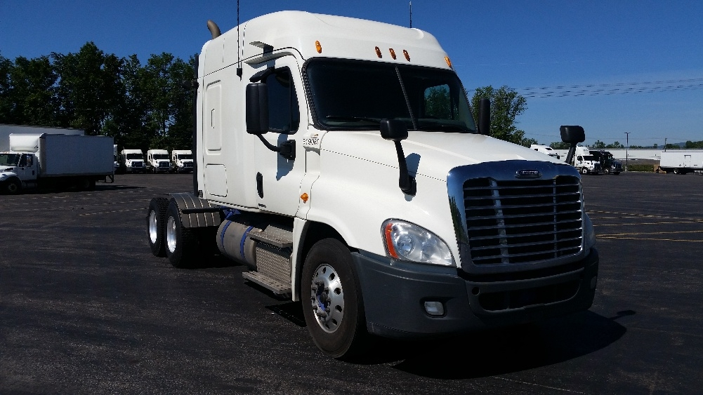 Sleeper Tractor-Heavy Duty Tractors-Freightliner-2012-Cascadia 12564ST-STE-FOY-PQ-738,373 km-$48,750