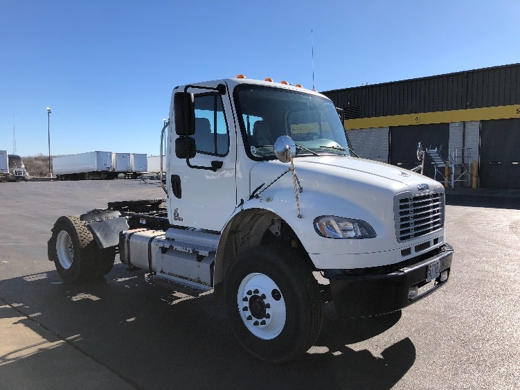 Day Cab Tractor-Heavy Duty Tractors-Freightliner-2012-M2-SPRINGFIELD-MO-131,977 miles-$35,000
