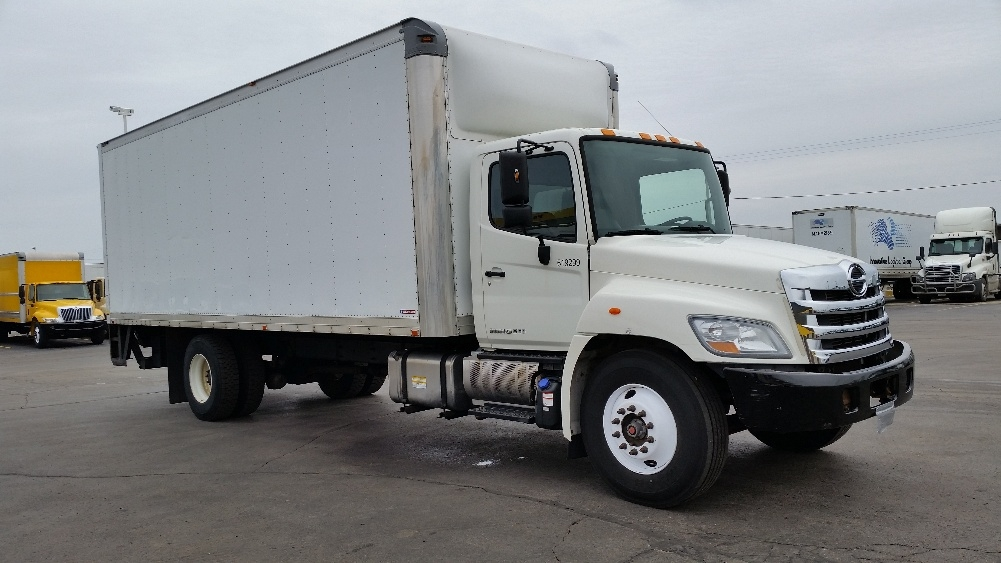 Medium Duty Box Truck-Light and Medium Duty Trucks-Hino-2012-268-MILWAUKEE-WI-216,352 miles-$31,750