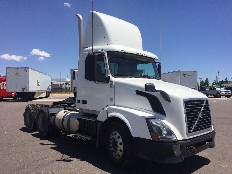 Day Cab Tractor-Heavy Duty Tractors-Volvo-2012-VNL64T300-DENVER-CO-214,872 miles-$34,500