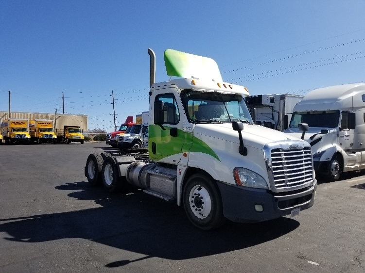 Day Cab Tractor-Heavy Duty Tractors-Freightliner-2012-Cascadia 12564ST-ALBUQUERQUE-NM-626,628 miles-$29,000