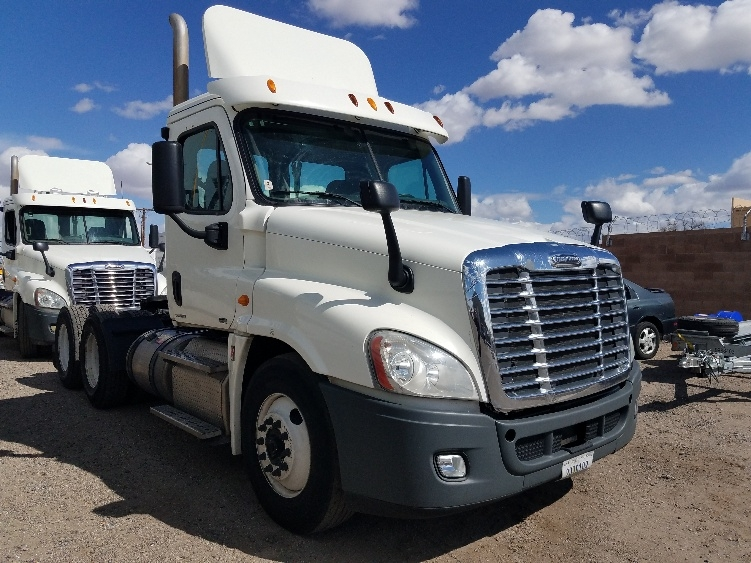 Day Cab Tractor-Heavy Duty Tractors-Freightliner-2012-Cascadia 12564ST-ALBUQUERQUE-NM-495,838 miles-$34,250